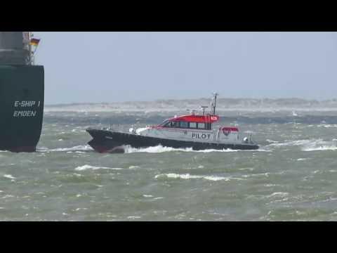 E-Ship 1- Borkumpassage und Lotsenübergabe