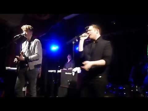 Everything Everything - The Peaks (Dublin 2013)