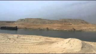 شاهد .. تمثال الحرية وابو الهول على مدخل قناة السويس
