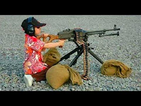 QUAND DES PERSONNES STUPIDES UTILISENT DES ARMES A FEU