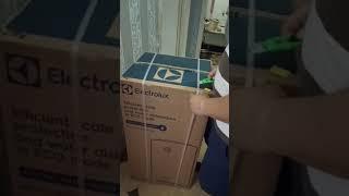 Распаковка Бойлер ELECTROLUX EWH 100 Quantum Pro