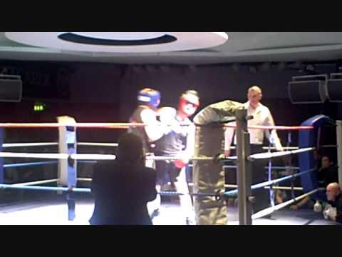 Andy Jones vs Nigel Hood, March 2011