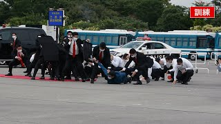 バスに立てこもるテロリストを…警視庁SATの訓練公開