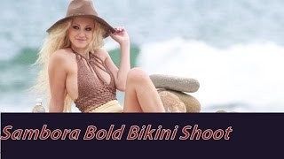 Heather Locklears daughter Ava Sambora Bikini Look