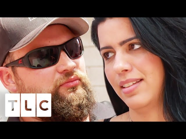 Larissa & Colt's Cousin Have An Explosive Fight At Family BBQ | 90 Day Fiancé