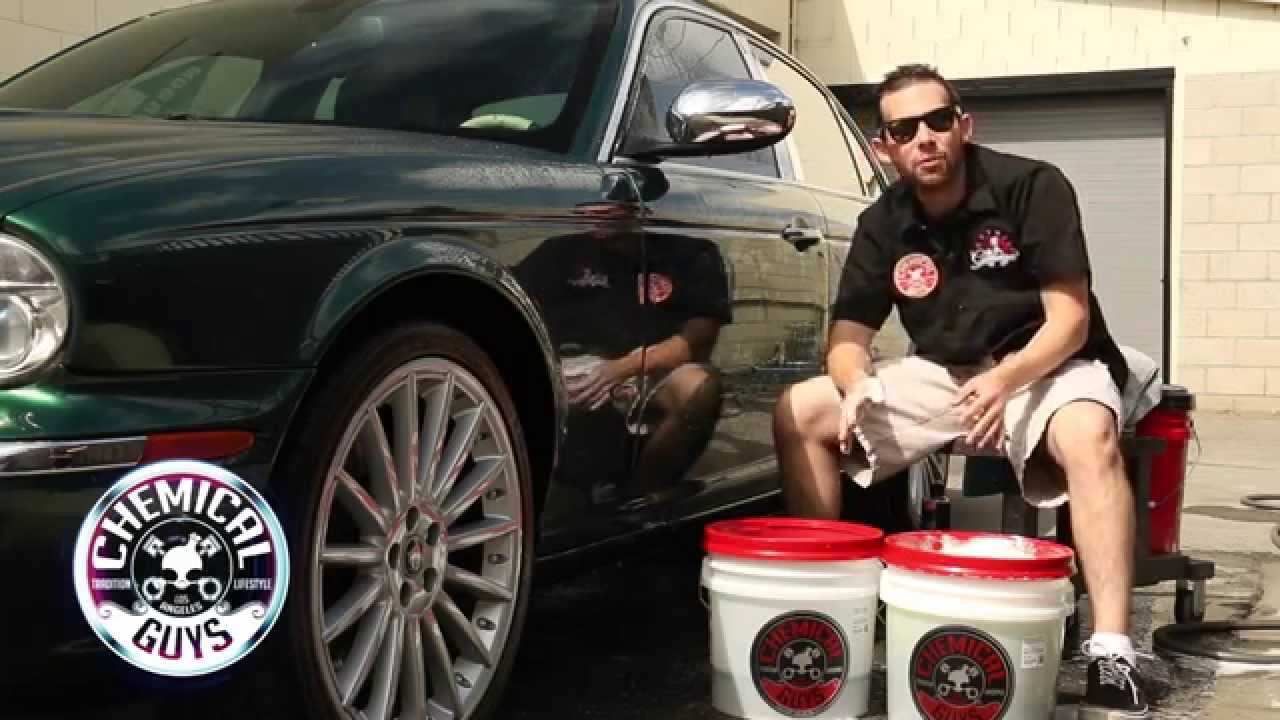 How To 2 Bucket Car Wash Method Chemical Guys Detailing Car Care