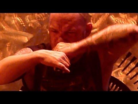 Five Finger Death Punch - Burn MF  (Live - Phones 4u Arena, Manchester, UK, Nov 2013)