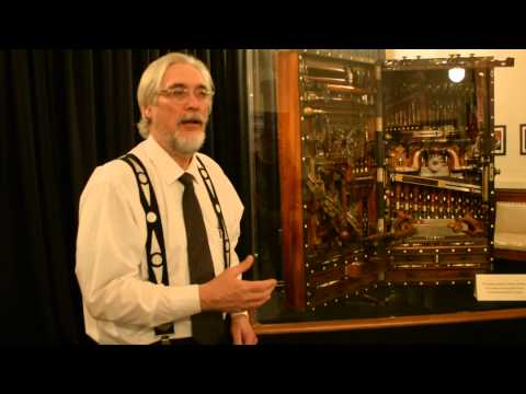 Exploring the H.O. Studley tool chest