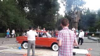 Подарок отцу его первой машины на День Рождение (70-летие)