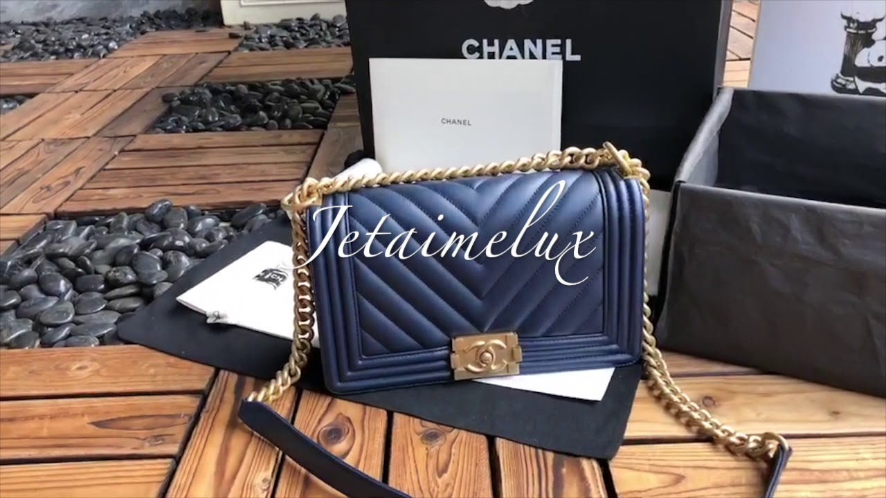 19fa045f839ad1 Chanel Le Boy Chevron Medium Navy Blue Calfskin Antique Gold Hardware