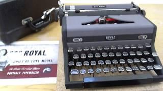 1948 Royal Quiet DeLuxe Typewriter