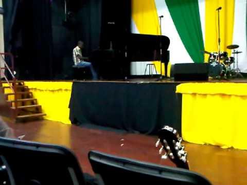 EDNA MANLEY PIANO PERFORMANCE