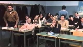 Repeat youtube video La liceale nella classe dei ripetenti  01
