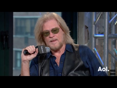 Daryl Hall On Mother's Day | AOL BUILD