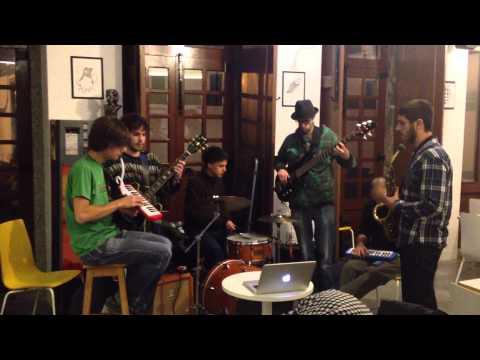 CASA AMARELA @ ANIMAÇÃO MUSICAL - Vários Artistas - 15 -11-2012