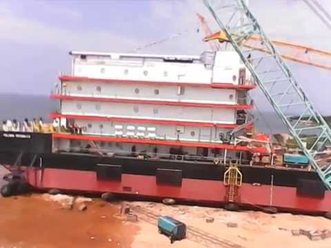 Peluncuran Accomodation Work Barge In Lamongan Marine Industry Shipyard