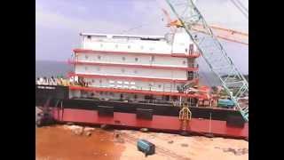 Peluncuran Accomodation Work Barge In Lamongan Marine Industry Shipyard