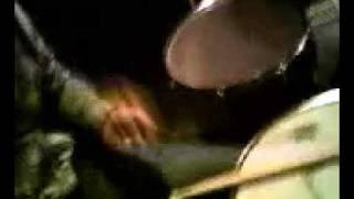 Drums show: tak się gra jak się nie umie!