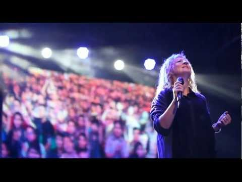 fol2013-hillsong---your-presence-is-heaven-to-me
