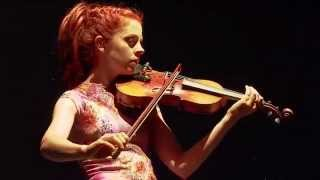 lindsey-stirling---song-of-the-caged-bird-music-box-tour