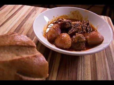 Stifado: Beef With Shallot Stew