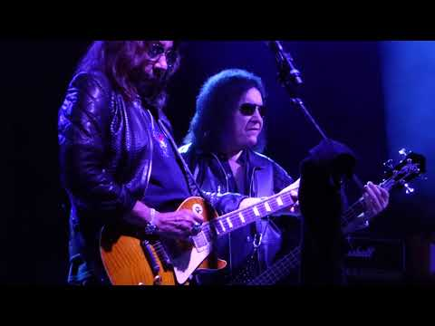 Gene Simms and Ace Frehley Reuni  Parasite CHS Field, St Paul, MN 2017