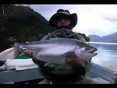 Pesca de SuperTruchas en el Lago Yelcho