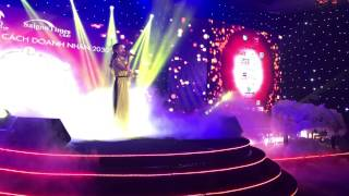 Chiếc Khăn Piêu - Đêm Phong Cách Doanh Nhân 2030 - Hương Giang Idol