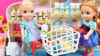 Aventuras de Elsa y Anna Frozen | Vídeos de Elsa y Anna en el baño, en el supermercado, en el médico