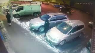 В Бишкеке задержана группа совершавшая кражи из салонов автомашин
