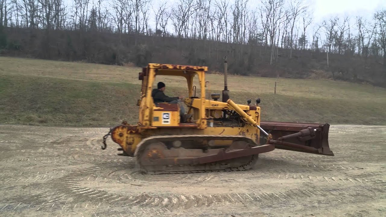 1984 Cat D5B Bull Dozer For Sale Running and Operating Video!