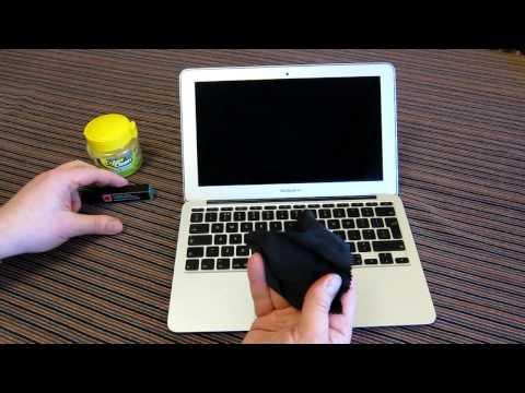 How to clean a laptop screen. Apple MacBook Air. IPA Isopropyl Alcohol + Radtech Screensavrz