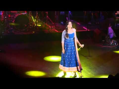 "Shreya Ghoshal sings ""Deewani Mastani""  Eventim Apollo London 2016"