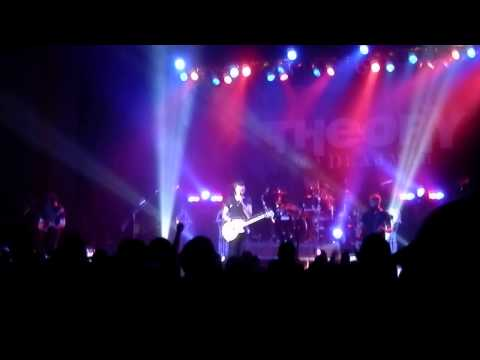 Theory of a Deadman - Santa Monica - Kewadin Casino Sault Ste. Marie, July 10, 2015