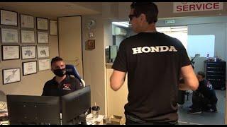 Φάρσα στο Νούλα - με μπλούζα HONDA