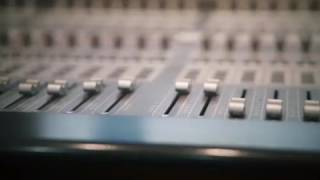 Video Proses Rekaman Single Terbaru Killing Me Inside 2017 download MP3, 3GP, MP4, WEBM, AVI, FLV Maret 2018