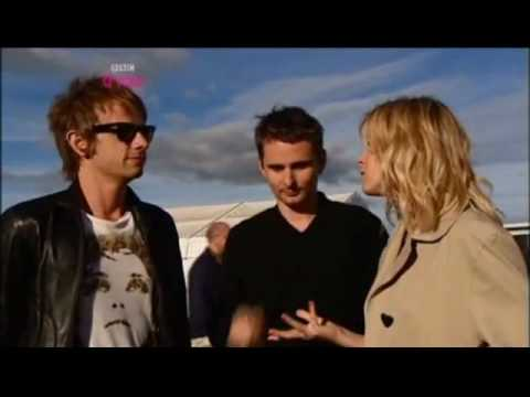 A possible UFO sighting during a Muse Interview?! *well it had to be Muse didn't it*