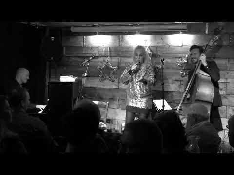 Cæcile Norby Trio live