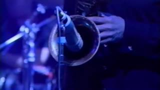 Radiohead - The National Anthem [Later With Jools 2001]