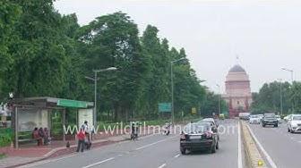 South Avenue bus stop near Rashtrapati Bhawan, Delhi