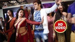 "Live Dance Arvind Akela Kallu और Chandani Singh का "" इयरवा हमार बाई में बा"