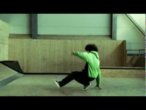GORILLA Breakdance - Huck (7) D