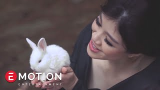 [3.81 MB] Agatha Suci - Lagu Bintang (Official Video)