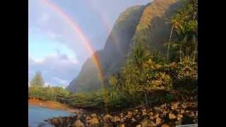 Download lagu Israel Kamakawiwo Ole - Somewhere Over The Rainbow