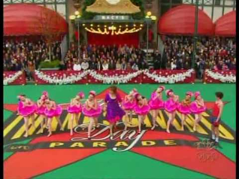 Macy's Thanksgiving Parade 2009 - Billy Elliot