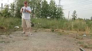 Волновое метание ножей прямо в камеру)))