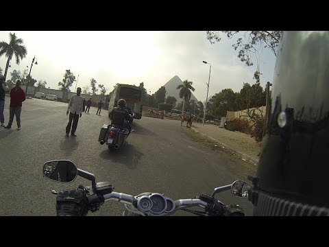 Harley V-Rod Muscle ride to the Pyramids