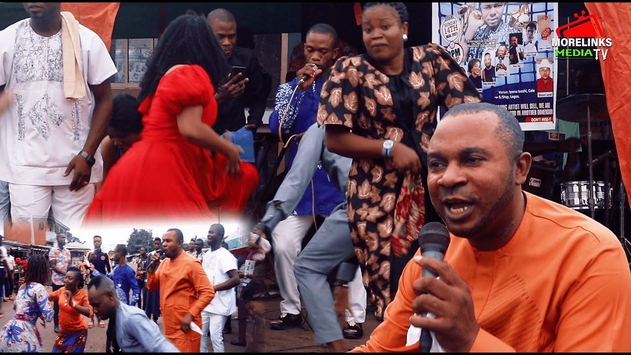 Download BLESSED SAMUEL (Mmanu Anu) // LIVE ON STREET PRAISE