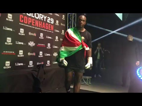 Entrance dance Ismael londt Glory Kickboxing glory 29 Copenhagen