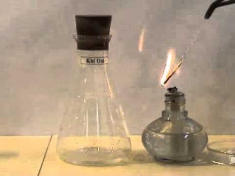 Sắt tác dụng với khí oxi